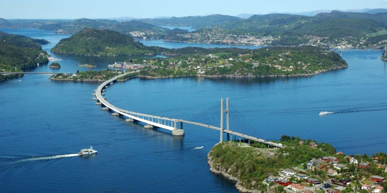 Fjord Norway Half Marathon slide