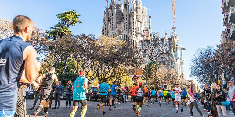 Barcelona Marathon slide