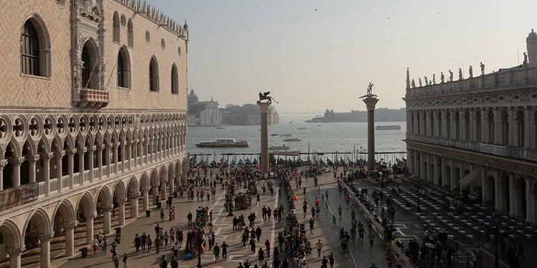 Venice Marathon slide